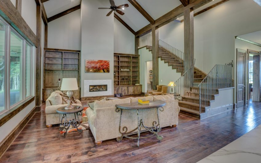 Rustic style villa